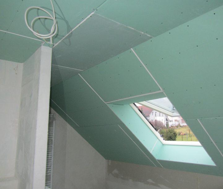 gipskartonplatten an decke anbringen decke mit gipskartonplatten abh ngen hausbau ein baublog. Black Bedroom Furniture Sets. Home Design Ideas